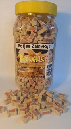 DIER ALL IN  TRAINERS ZALM/RIJST 0.25 KG