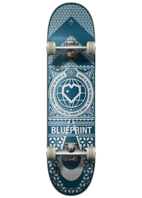 "BLUE PRINT HOME HEART 8.0"" SKATEBOARD COMPLETE - NAVY/WHITE"